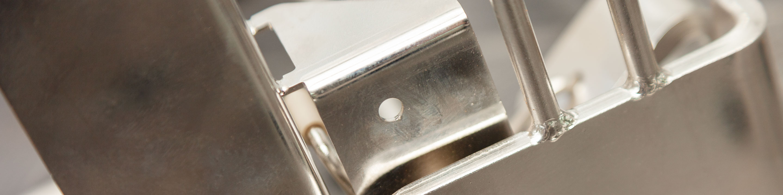 Gefertigte Baugruppe aus Metall mit angewandter Biegetechnik und Schweißtechnik